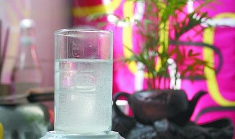 北京宏华电开水器厂家与您分享水垢的形成和处理方法二:水垢的处理方法