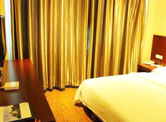北京建苑宾馆:专门采购的宏华开水器24小时为客人提供开水!