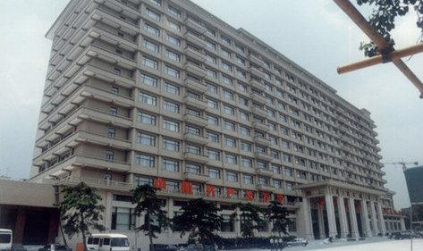 今日速报:京西宾馆念念不忘宏华电器,再次新购全自动商用电热开水器